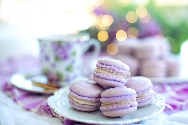 english tea and macaroons