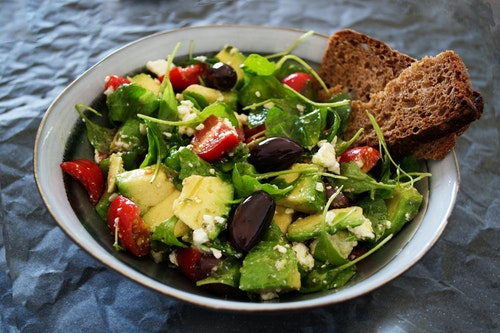 Vegetable Salad With Wheat Bread Aside
